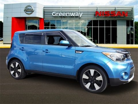 Pre-Owned 2017 Kia Soul Plus FWD Hatchback